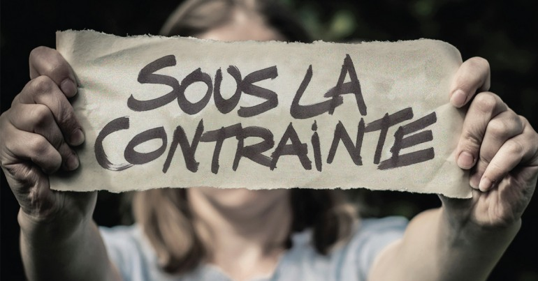 Sous la contrainte : l'intensification du travail clérical dans le système scolaire public de la Colombie-Britannique